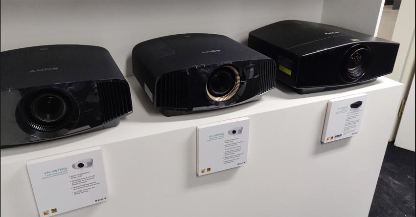 Trãi nghiệm chiếc máy chiếu 4K - 3D đúng nghĩa.